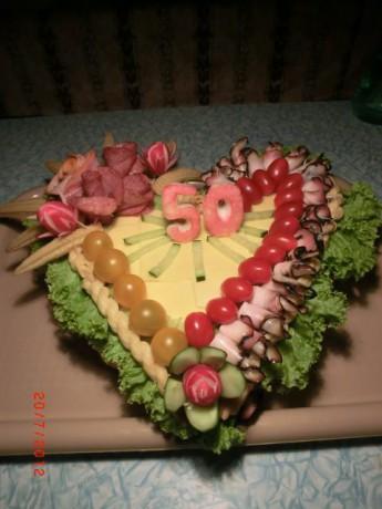 Slaný dort ve tvaru srdce pro Věra Kovářová :)